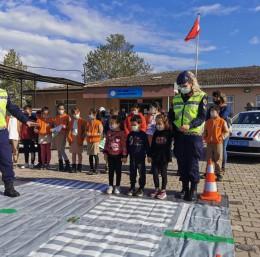 Jandarmadan öğrencilere trafik eğitimi