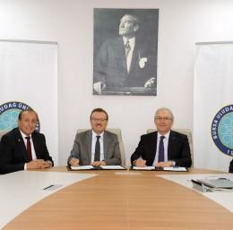 Yeşilova Holding'den Bursa Uludağ Üniversitesi'ne 2244 desteği