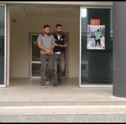 Yabancı uyruklu şahıs 2 bin adet yeşil reçeteli ilaçla yakalandı