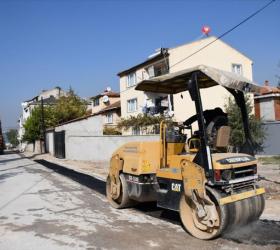 Huzur Mahallesinde Asfalt Yama Çalışmaları Sürüyor