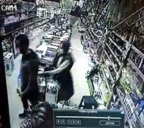 İnegöl'de deprem anı kameraya böyle yansıdı