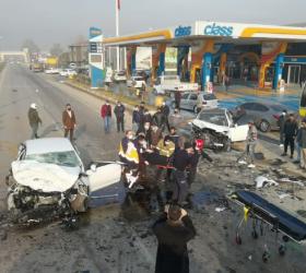 İnegöl'de feci kaza; 1 ölü 4 yaralı