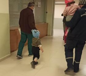 İnegöl'de ikizler tinerden zehirlendi