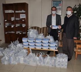 İnegöl'de Cuma namazı kılacaklar için maskeler hazır
