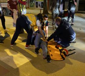 Ticari taksi ile motosiklet çarpıştı; 1 yaralı