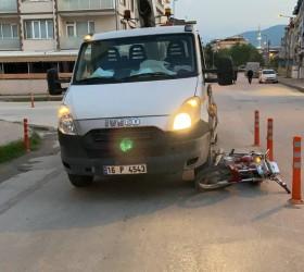 İnegöl'de Kamyonetin altında kalan sürücü ağır yaralandı