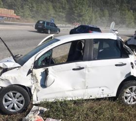 Bayan sürücü ölümden döndü