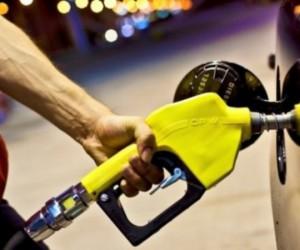 Benzin ve motorine büyük zam geldi!