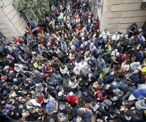 İspanya'da referandum gerginliği: 460 yaralı