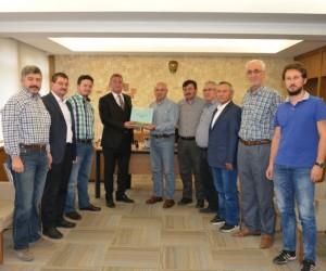 Kaymakam Muhammet Önder'den, Belediye Başkanı Saraoğlu'na ziyaret