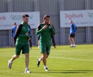 Bursaspor'da Emre Taşdemir sevinci