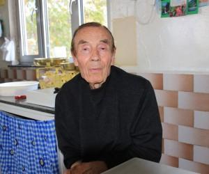 87'lik Eşref Amca 70 yıldır her sabah işinin başında