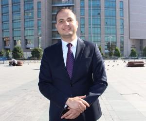 """Yrd. Doç. Dr. Serhat Eskiyörük """"Türkiye'nin bölgesel hukuk merkezi olması adına çalışıyoruz"""""""
