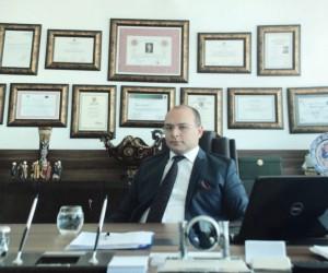 Av. Melih Akkurt'tan hukuk öğrencilerine tavsiyeler