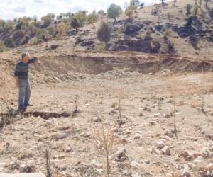 Kırsaldaki hayvan üreticilerine içme suyu göleti