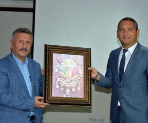 Bozüyük'teki konferansın sunumunu Kütahyalı Eray Özden Akça yaptı