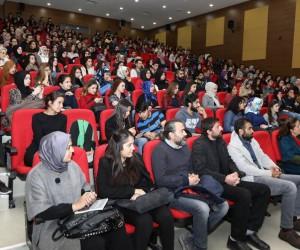 Emekli Büyükelçi Kenan Gürsoy, ERÜ'de konferans verdi