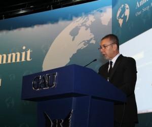 """Serhat Akpınar: """"STK'lar ve sektörlerin birlikte hareket edeceği bir form öneriyorum"""""""