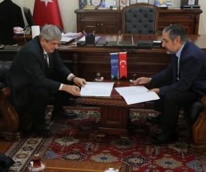 ARÜ ve Aras EDAŞ eğitim iş birliği protokolüne imza attı
