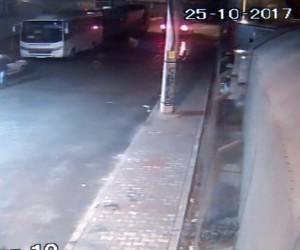 Otomobili 10 saniyede çalarak kayıplara karıştı