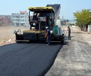 Aliağa Belediyesinden Helvacı Mahallesine 23 bin ton asfalt