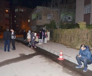 Irak depremi Batman'da vatandaşları sokağa döktü