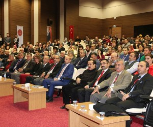 """""""Uluslararası Lale Devrinde Osmanlı Devleti ve Nevşehirli Damat İbrahim Paşa Sempozyumu"""" sona erdi"""