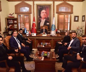 AK Parti Söğüt İlçe Gençlik Kolları'ndan Başkan Yağcı'ya ziyaret
