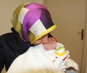 Bir günlük Ahmet Asım bebeğe yeni yemek borusu yapıldı