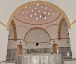 Tarihi hamam restore edildi