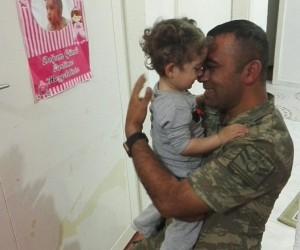 2 aydır göremediği babasına kavuştu, Türkiye'yi ağlattı