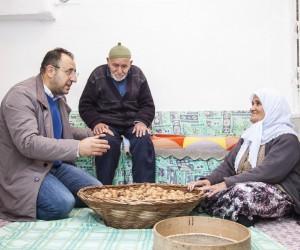 (Özel haber) Türkiye'de kilo işi satışı yapılan ceviz, Ahlat'ta taneyle satılıyor