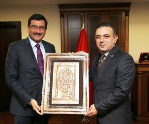 Keçiören Belediye Başkanı Ak'tan Sincan Belediye Başkanı Ercan'a ziyaret