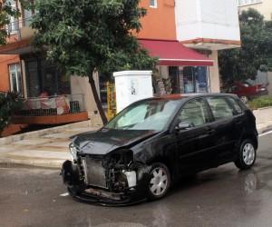 Manavgat'ta 3 aracın hurdaya döndüğü kazada kimsenin burnu bile kanamadı