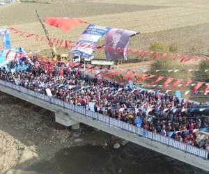 Topuklu Efe, Yörük Ali Efe Köprüsünü dualarla açtı