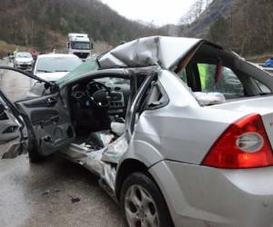 Mezitlerde kaza 1 ölü 1 yaralı
