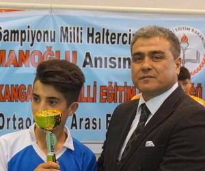 Naim Süleymanoğlu anısına futbol turnuvası