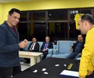 Şehit Oğuz Özgür Çevik Turnuvasında çeyrek final heyecanı