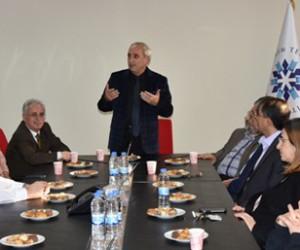 Prof. Dr. Nurullah Genç ETÜ'yü ziyaret etti
