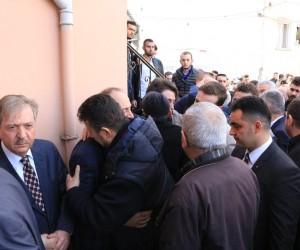 Trabzonspor camiası Köksal Sadıklar'ın oğlunun cenazesinde bir araya geldi