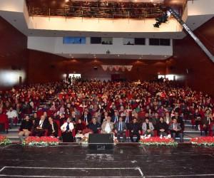 Şanlı tarihin anlatıldığı konferansta salonlar doldu taştı