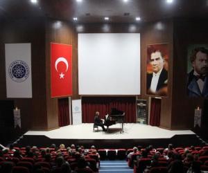 3. Gülsin Onay Piyano Günleri'nde Ufuk Mete Şahin rüzgarı