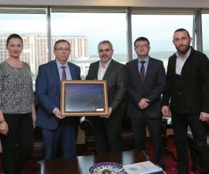 Trakya Üniversitesi Rektörü Tabakoğlu'ndan fotoğrafçılığa destek