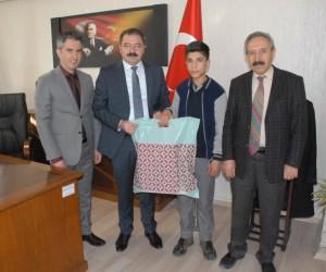 Vanlı öğrenciden Türkiye birinciliği