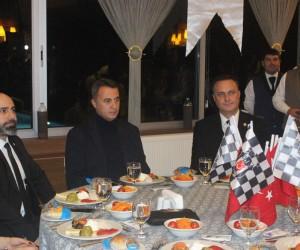 Beşiktaş Başkanı Orman, taraftarın onur yemeğine katıldı