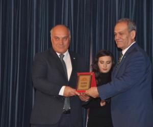 Başkan Şanlı sanat ödülüne layık görüldü