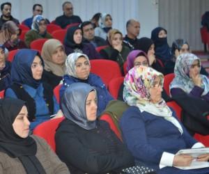 BİLSAM'ın bu haftaki konuğu yazar Yıldız Ramazanoğlu oldu