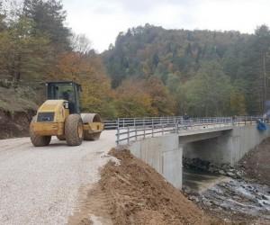 Yığılca'da Kemer Köprüsü inşaatı tamamlandı