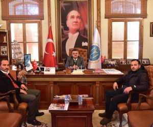 Bilecikspor Kulübü Başkanı Dilek'ten Başkan Yağcı'ya ziyaret
