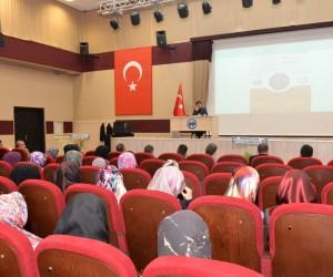 """KMÜ'de """"Hazreti Mevlana'da Birlik ve Beraberlik"""" konferansı"""